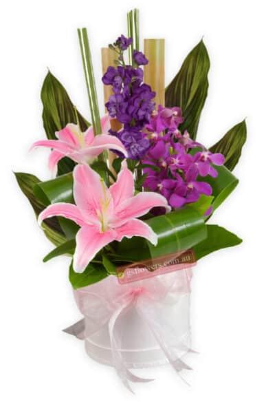 Modern Love Fresh Flower Mixed Arrangement - Floral design